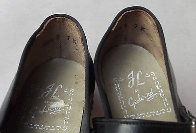 Vintage girls leather shoes Size 9 UNUSED JL by GEO WARD Sussex soles DAMAGED